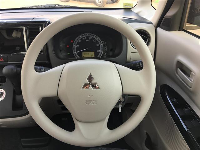 三菱 eKスペース M キーレスエントリー アイドリングストップ 4WD