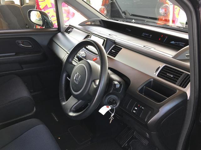 ホンダ ステップワゴン スパーダ S Zパッケージ ディスチャ-ジ キーレス