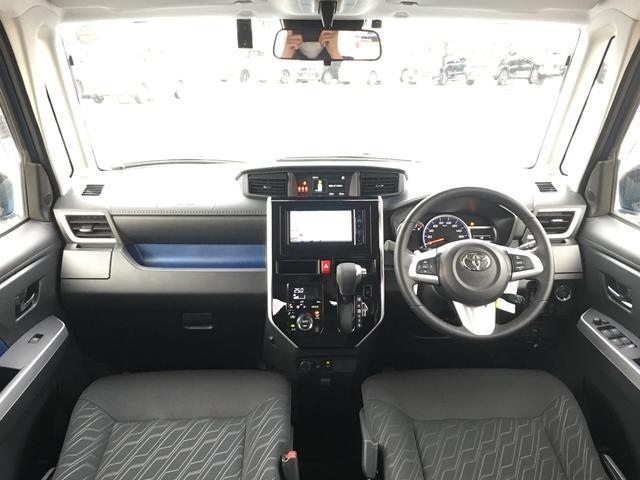 カスタムG 4WD/ナビ/フルセグTV/AM/FM/CD/DVD/BT/バックカメラ/トヨタプリクラッシュセーフティ/衝突被害軽減/横滑防止装置/クルコン/D席/N席シートヒーター/左右パワスラ/LED/ETC(2枚目)