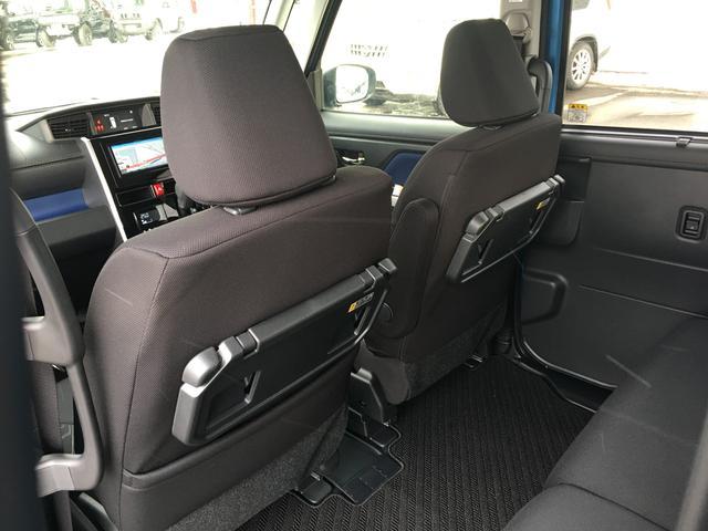 カスタムG 4WD/ナビ/フルセグTV/AM/FM/CD/DVD/BT/バックカメラ/トヨタプリクラッシュセーフティ/衝突被害軽減/横滑防止装置/クルコン/D席/N席シートヒーター/左右パワスラ/LED/ETC(17枚目)