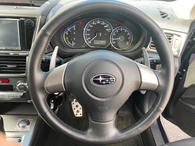 2.0GT 4WD/SDナビ/AM/FM/フルセグテレビ/バックカメラ/社外ETC/パドルシフト/SI-DRIVE/純正16AW/ラジアルタイヤ積込/横滑防止/盗難防止装置/純正フロアマット(10枚目)