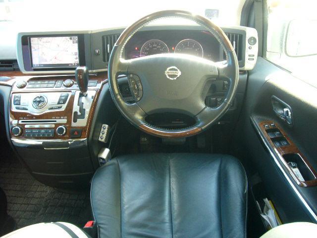 日産 エルグランド 350HSブラックレザーED SR 後席モニタ ワンオーナー