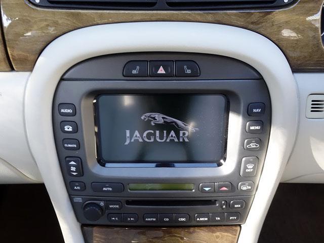 ジャガー ジャガー Xタイプ 2.0 V6SE