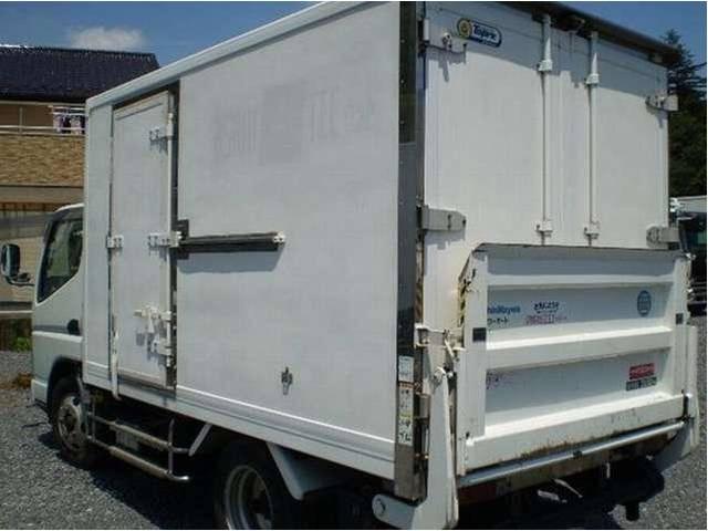 冷蔵冷凍車 パワーゲート 3t 3トン (4枚目)