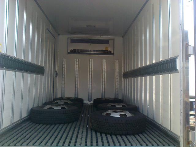 三菱ふそう キャンター 冷凍冷蔵車 冷蔵車 四駆 4WD 1.5トン 1.5t