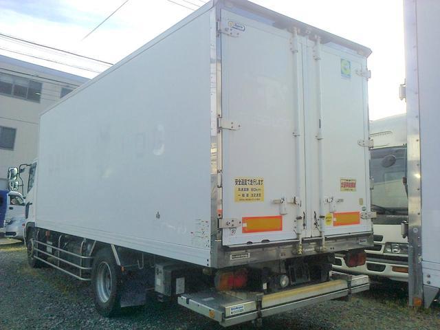 増トン 冷凍車 冷凍冷蔵車 冷蔵車 格納ゲート スタンバイ(3枚目)