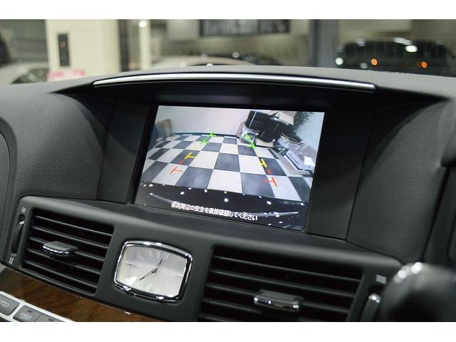 バックカメラ付き☆後方の視界がカラーで見れるので駐車も安心して行えます♪