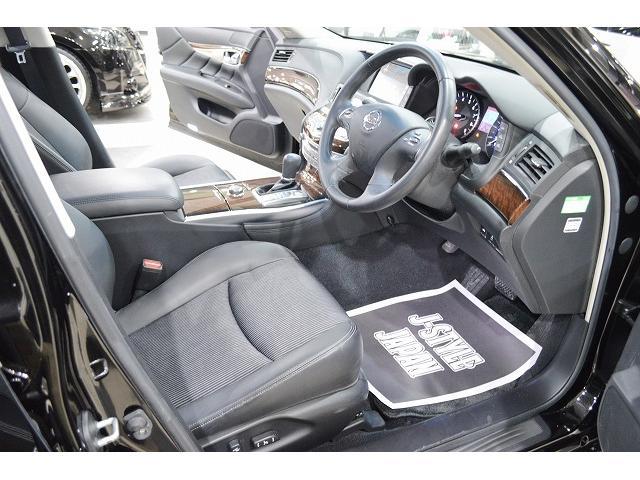 車内シートにはシミ、汚れなどなく綺麗な状態です!!ご納車前にも再クリーニング施工致しております◎