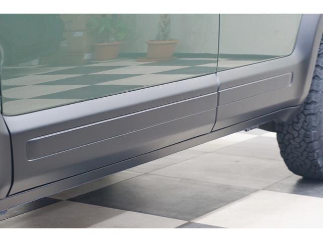 18L 特別延長保証付車 新品16AW リフトアップ グリル・エンブレム艶消しブラック塗装 ホワイトレター入オフロードタイヤ(8枚目)