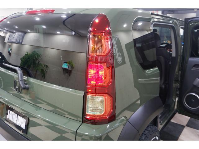 18L 特別延長保証付車 新品16AW リフトアップ グリル・エンブレム艶消しブラック塗装 ホワイトレター入オフロードタイヤ(13枚目)