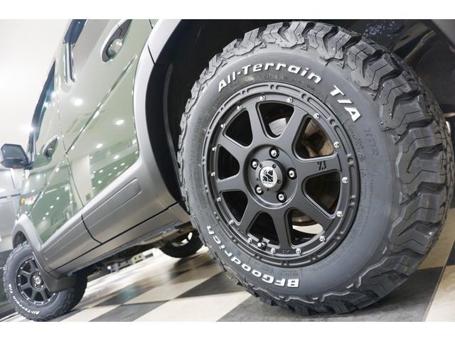 18L 特別延長保証付車 新品16AW リフトアップ グリル・エンブレム艶消しブラック塗装 ホワイトレター入オフロードタイヤ(16枚目)