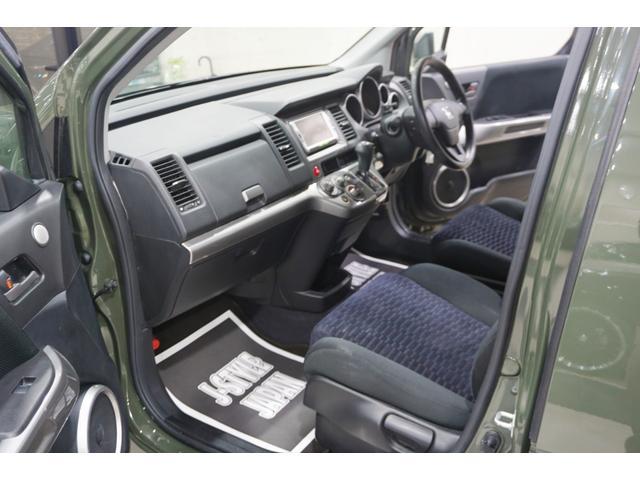 18L 特別延長保証付車 新品16AW リフトアップ グリル・エンブレム艶消しブラック塗装 ホワイトレター入オフロードタイヤ(25枚目)