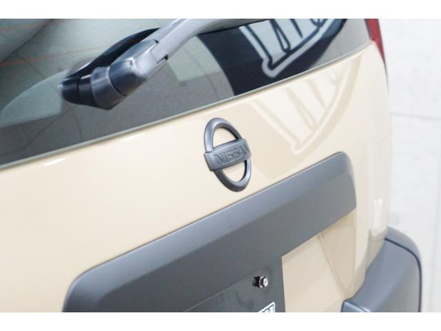20S 特別延長保証付車 新品16AW 4WD リフトアップ グリル・バイザー艶消しブラック塗装 新品ナビ ホワイトレター入オフロードタイヤ(14枚目)