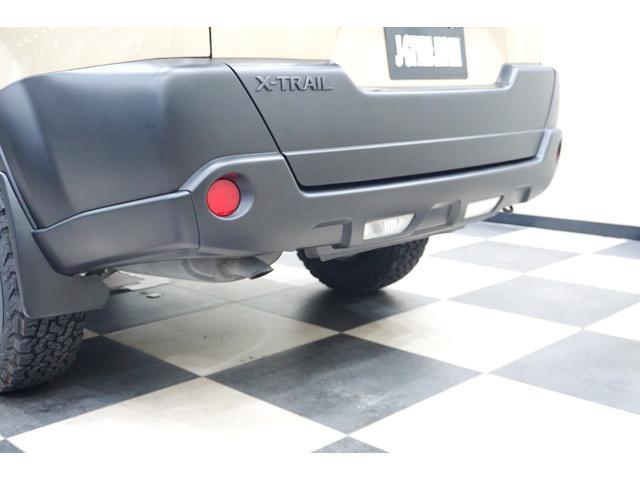 20S 特別延長保証付車 新品16AW 4WD リフトアップ グリル・バイザー艶消しブラック塗装 新品ナビ ホワイトレター入オフロードタイヤ(15枚目)