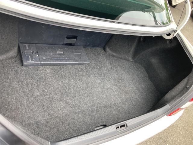 グランデiR-V ドライブレコーダー ETC キーレス ターボ CD HID 電動シート オートマ 電動ミラー KYBショックアブソーバ タワーバー ナビ バックカメラ(44枚目)