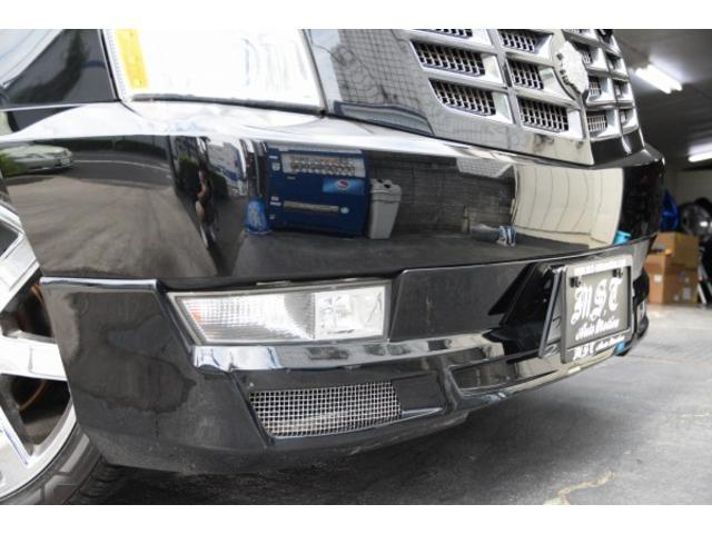 「キャデラック」「キャデラック エスカレードEXT」「SUV・クロカン」「東京都」の中古車8