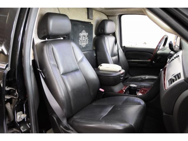 「キャデラック」「キャデラック エスカレードEXT」「SUV・クロカン」「東京都」の中古車17