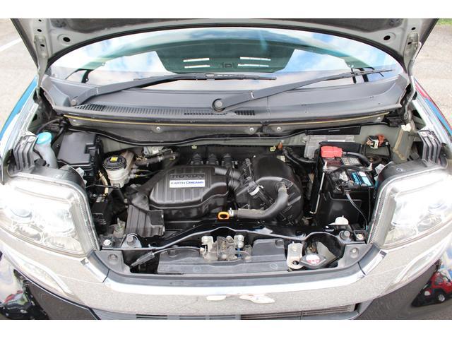 ラゲッジスペースも充実しております!コンパクトカーですが、使い勝手の良いお車です!ご不明点やご来店のお際は是非お電話でご連絡下さい!無料電話番号は0066-9700-7864