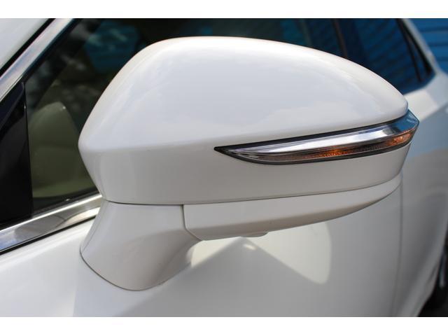 ロイヤルサルーンG 禁煙車 ムーンルーフ アドバンストPKG  レザーシートPKG 純正SDナビ BSM レーダークルーズ ETC2,0 ドライブレコーダー LEDライト バックカメラ フルセグ キャンセラー付(68枚目)