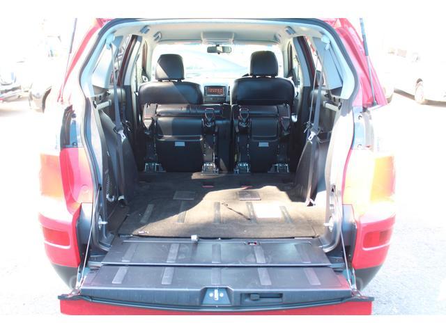 G 4WD/1オーナー/ロックフォードフォズゲートプレミアムサウンドシステム/本革シート/HDDナビ/バックカメラ/ETC/100V電源/盗難防止システム/スマートキー/パドルシフト/HIDライト(12枚目)