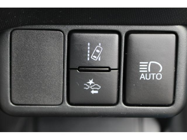 S ワンオーナー/禁煙車/セーフティセンスC/スマートエントリーPKG/ナビレディPKG/LEDヘッドライト/SDナビ/フルセグ/Bluetooth接続/バックカメラ/オートマチックハイビーム/(14枚目)