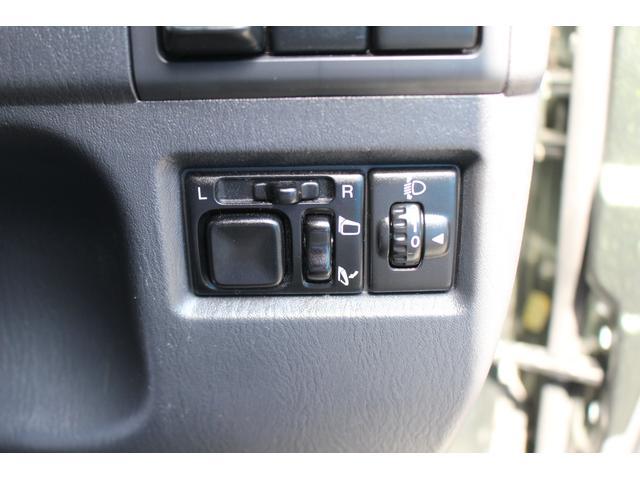 ランドベンチャー 禁煙車/ターボ/4WD/革シート/シートヒーター/3cmリフトアップ/電格ミラー/衝突安全ボディ/フォグライト/車検令和4年11月まで/プライバシーガラス/パワーウィンドウ(18枚目)