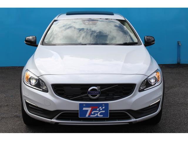 クロスカントリー T5 AWD SE 禁煙車/レザーPKG(革シート/パワーシート助手席/シートヒーター地デジTV)サンルーフ(オプション装備)ターボ/4WD/アイドリングストップ/ルーフレール/衝突軽減システム/レーンアシスト/(5枚目)