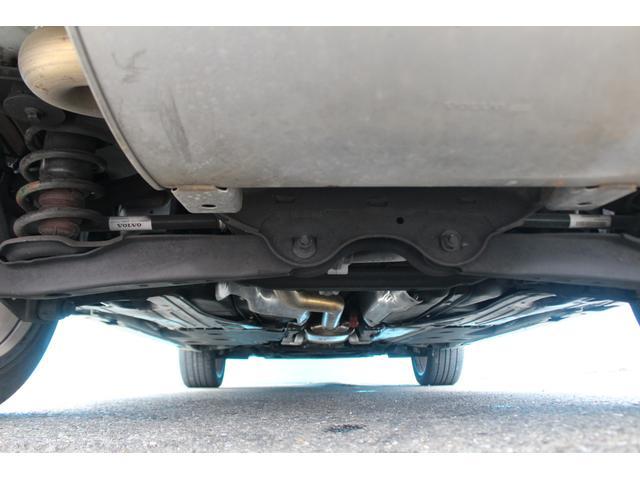 クロスカントリー T5 AWD SE 禁煙車/レザーPKG(革シート/パワーシート助手席/シートヒーター地デジTV)サンルーフ(オプション装備)ターボ/4WD/アイドリングストップ/ルーフレール/衝突軽減システム/レーンアシスト/(22枚目)