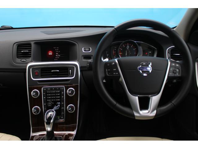 クロスカントリー T5 AWD SE 禁煙車/レザーPKG(革シート/パワーシート助手席/シートヒーター地デジTV)サンルーフ(オプション装備)ターボ/4WD/アイドリングストップ/ルーフレール/衝突軽減システム/レーンアシスト/(38枚目)