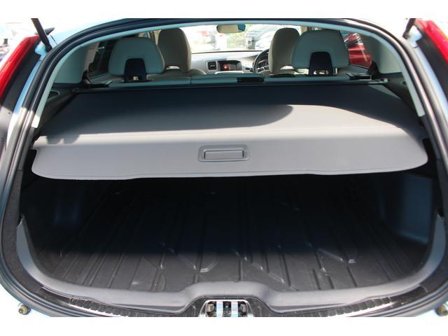 クロスカントリー T5 AWD SE 禁煙車/レザーPKG(革シート/パワーシート助手席/シートヒーター地デジTV)サンルーフ(オプション装備)ターボ/4WD/アイドリングストップ/ルーフレール/衝突軽減システム/レーンアシスト/(59枚目)