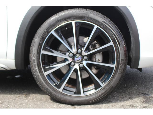 クロスカントリー T5 AWD SE 禁煙車/レザーPKG(革シート/パワーシート助手席/シートヒーター地デジTV)サンルーフ(オプション装備)ターボ/4WD/アイドリングストップ/ルーフレール/衝突軽減システム/レーンアシスト/(61枚目)