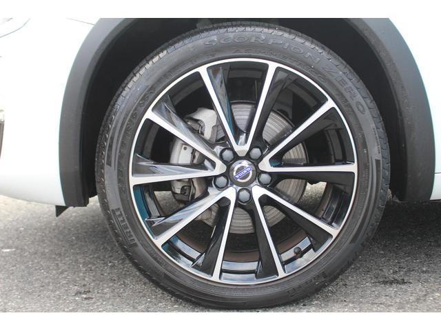 クロスカントリー T5 AWD SE 禁煙車/レザーPKG(革シート/パワーシート助手席/シートヒーター地デジTV)サンルーフ(オプション装備)ターボ/4WD/アイドリングストップ/ルーフレール/衝突軽減システム/レーンアシスト/(64枚目)