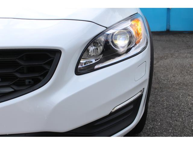 クロスカントリー T5 AWD SE 禁煙車/レザーPKG(革シート/パワーシート助手席/シートヒーター地デジTV)サンルーフ(オプション装備)ターボ/4WD/アイドリングストップ/ルーフレール/衝突軽減システム/レーンアシスト/(70枚目)