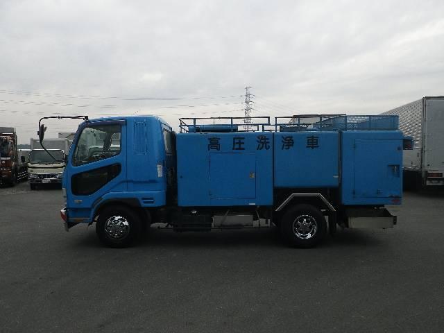モリタ製 高圧洗浄車(2枚目)