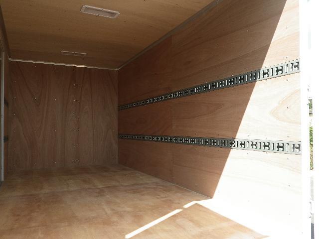 三菱ふそう キャンター ワイド幅ロング 高床 積載3トン アルミバン