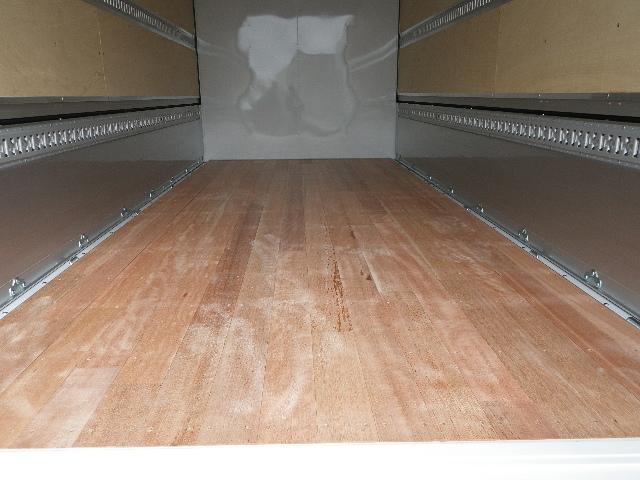 三菱ふそう キャンター アルミウイング ワイド幅 超ロング 全低床 積載3トン