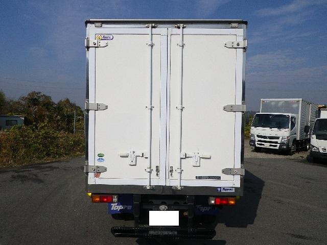 東プレ 中温 冷蔵冷凍車 全低床 車両総重量4885Kg(5枚目)