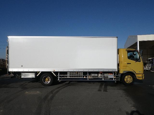 冷蔵冷凍車 マルチリフト 増トン 積載7.2トン(6枚目)