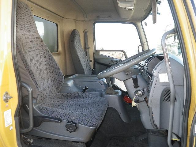 冷蔵冷凍車 マルチリフト 増トン 積載7.2トン(7枚目)