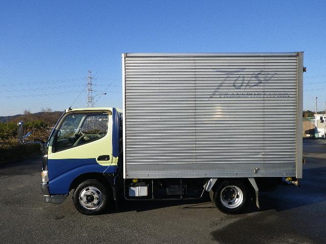 アルミバン 全低床 積載2トン 車両総重量4665Kg(4枚目)