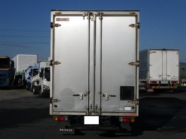 アルミバン 全低床 積載2トン 車両総重量4665Kg(5枚目)