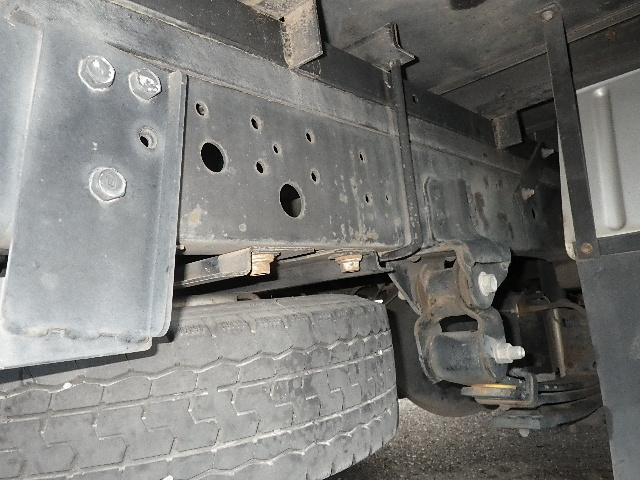 アルミバン 全低床 積載2トン 車両総重量4665Kg(17枚目)