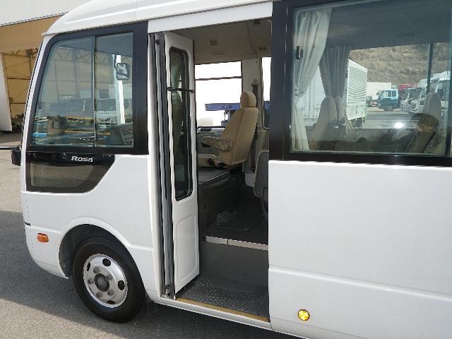 マイクロバス 乗車定員29人 モケットシート リクライニング(9枚目)