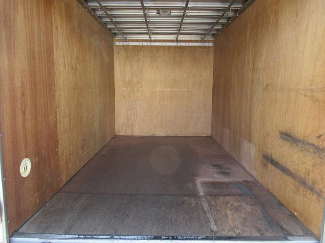 アルミバン 全低床 積載1.5トン 元クリーニング屋さん仕様(16枚目)