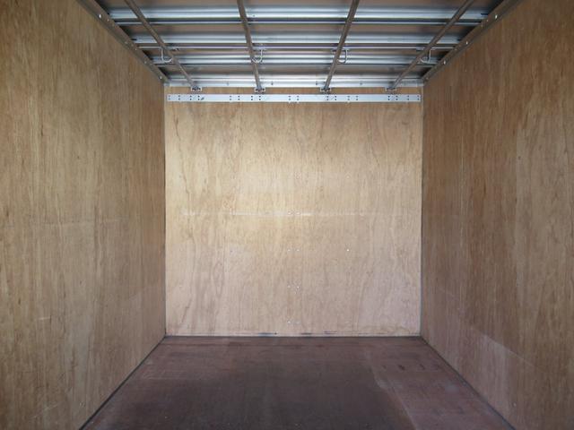 アルミバン 全低床 積載1.5トン 元クリーニング屋さん仕様(17枚目)