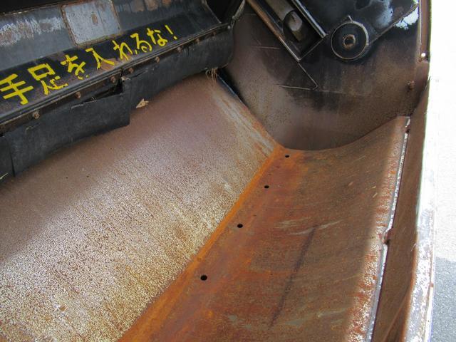 塵芥車 極東製 10.2M3  プレス式 汚水タンク(17枚目)