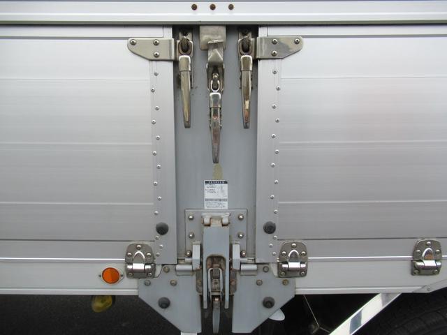 「その他」「クオン」「トラック」「千葉県」の中古車34