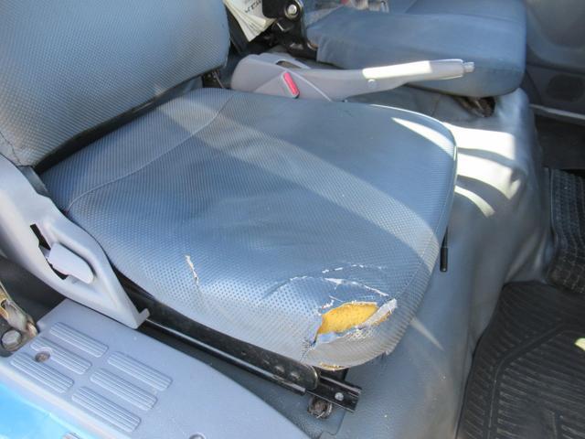 ワイド幅   超ロング   2重煽り   マルチゲート付平ボデー  タイヤサイズ 205/75R16  床鉄板張り  煽り開閉補助装置1対  新明和製  鉄製  マルチゲート(16枚目)