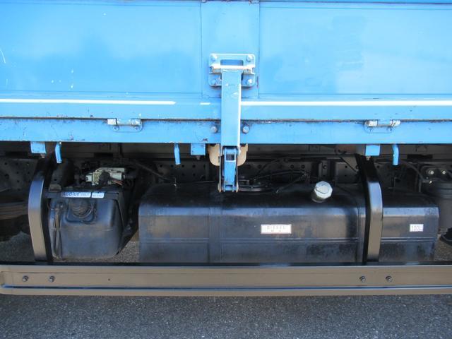 ワイド幅   超ロング   2重煽り   マルチゲート付平ボデー  タイヤサイズ 205/75R16  床鉄板張り  煽り開閉補助装置1対  新明和製  鉄製  マルチゲート(38枚目)