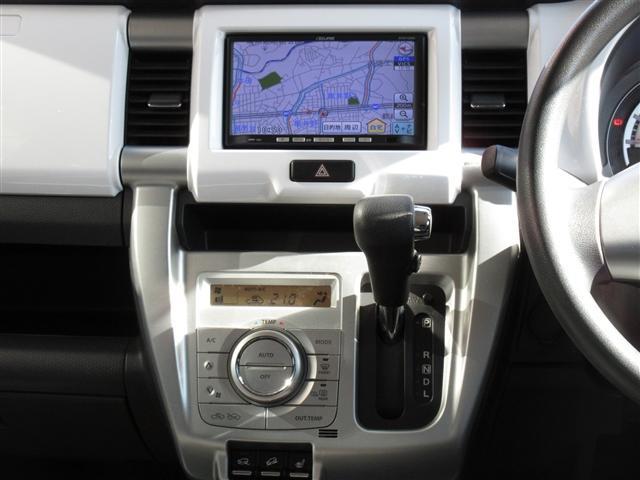 Gターボ ワンオーナー4WD アイドリングストップ 衝突被害軽減システム メモリーナビバックカメラ シートヒーター(6枚目)